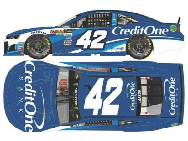 kyle larson 42 2018 credit one bank 1 24 action nascar diecast at the track racing collectibles. Black Bedroom Furniture Sets. Home Design Ideas