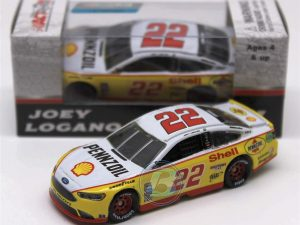 joey logano 2017 pennzoil darlington diecast car