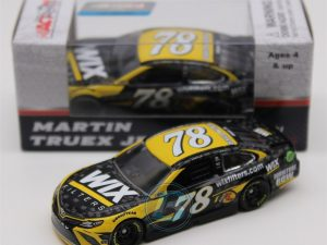 martin truex jr 2017 wix filters diecast car