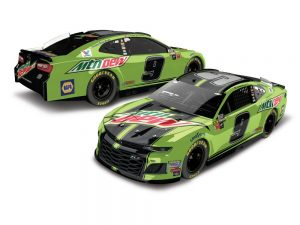 chase elliott 2018 mountain dew diecast car