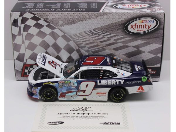 William Byron 2017 indy win raced version diecast car
