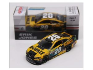 erik jones 2018 dewalt 1/64 diecast