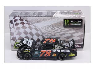 Martin truex jr 2017 watkins glen 1/24 raced version diecast