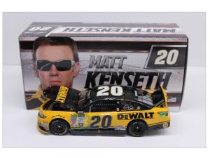 matt kenseth 2017dewalt final ride 1/24 diecast