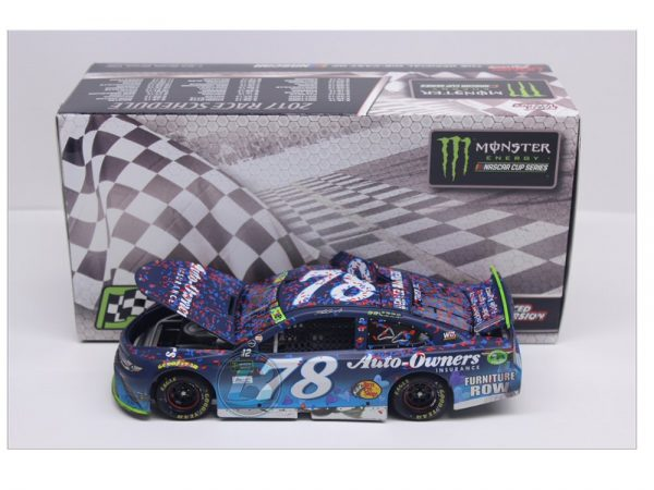 martin truex jr 2017 auto owners 1/24 charlotte playooff raced version win diecast car