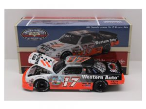 darrell waltrip 1992 darlington win raced version 1/24 diecast