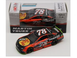 martin truex jr 2017 homestead win 1/64 diecast