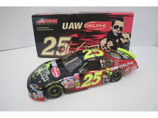 joe nemechek 2003 uaw uncle kracker 1/24 diecast