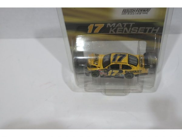 matt kenseth 2008 dewalt tools 1/64 diecast