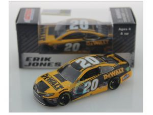 erik jones 2019 dewalt tools 1/64 diecasy