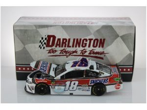 kyle busch 2019 snickers darlington 1/24 diecast