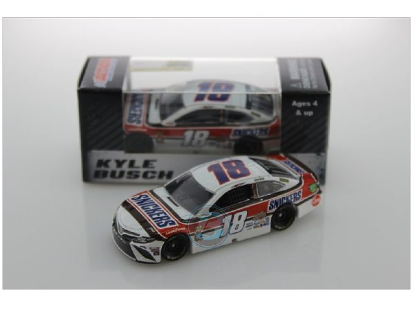 kyle busch 2019 snickers darlington 1/64 diecast