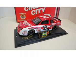 hut stricklin diecast